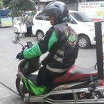 Iwan, Driver Go-SendSame DayDelivery Dengan Keterbatasan Fisik